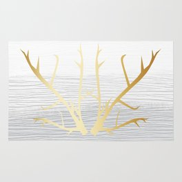 368 6 Gold Antlers on White and Gray Rug