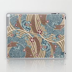 Waves of tradition-olive Laptop & iPad Skin