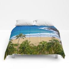 Hawaiian beach Comforters
