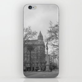 Plaza Cagancha - Montevideo iPhone Skin