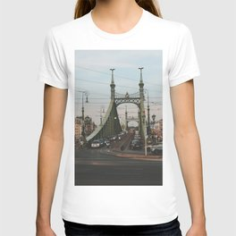 Liberty Bridge, Budapest T-shirt