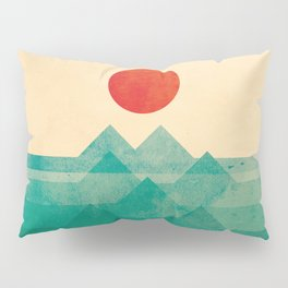 The ocean, the sea, the wave Pillow Sham