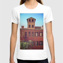 Home is where the Sun is T-shirt