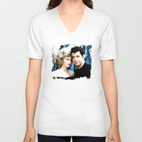 grease V-neck T-shirts featuring Sandy and Danny from Grease - Painting Style by ElvisTR