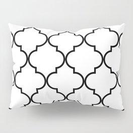 Quatrefoil - black on white Pillow Sham