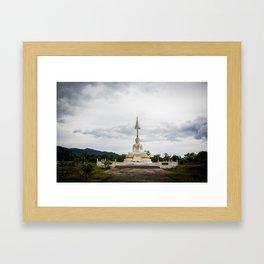Thailand tempel Khao lak Framed Art Print