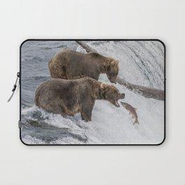 The Catch - Brown Bear vs. Salmon Laptop Sleeve