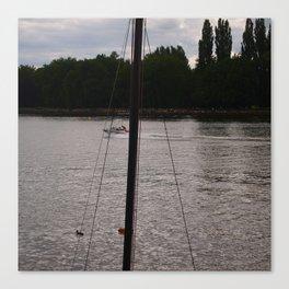 Floats! / ça flotte! Canvas Print