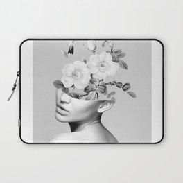 Floral beauty 2 Laptop Sleeve