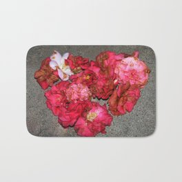Camelia - Heart Bath Mat