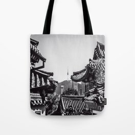 Peeking Through the Lines Tote Bag
