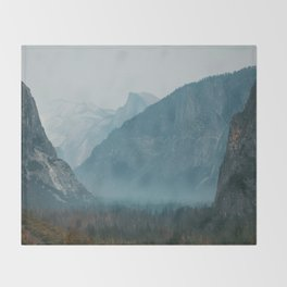 Yosemite Valley Tunnel View Throw Blanket