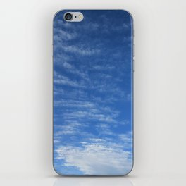 Cloudy Sky / Cielo nublado iPhone Skin