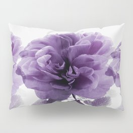 Three Roses In A Row Pillow Sham