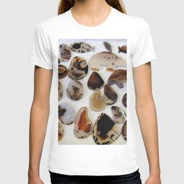 Montana Agate shapes T-shirt