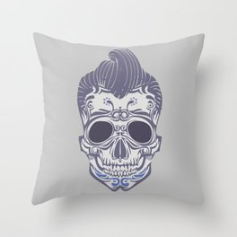 Skull of the sixties Throw Pillow