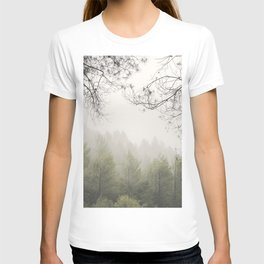 Serenity. Foggy morning into the woods T-shirt