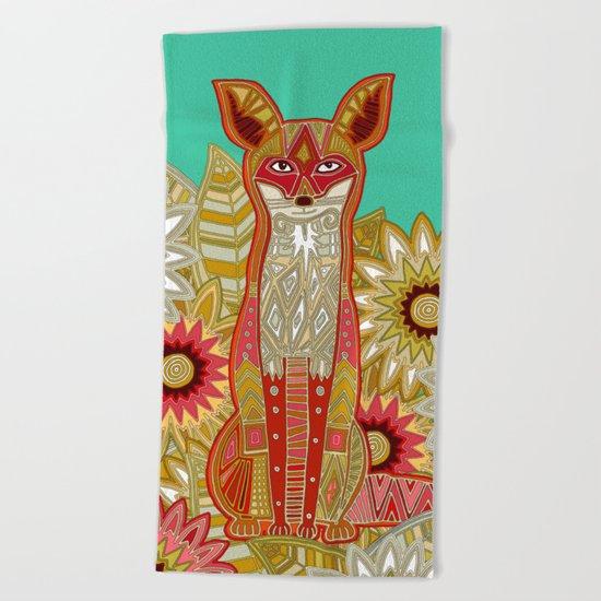 garden fox Beach Towel