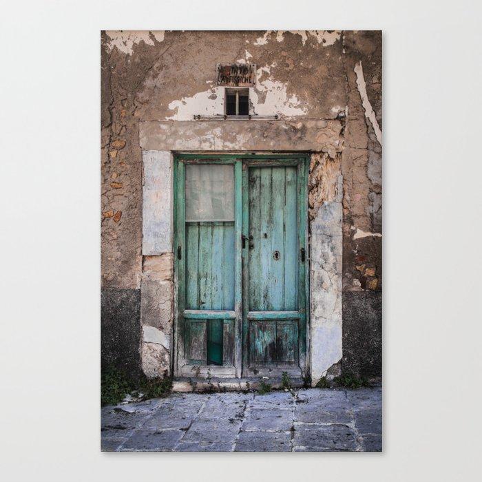 Green Door II Canvas Print
