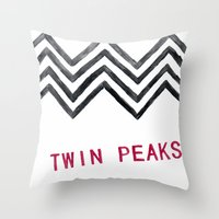 twin peaks Throw Pillows featuring Twin Peaks by BITN