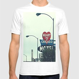Heart 'O' Chicago Motel (Day) ~ vintage neon sign T-shirt