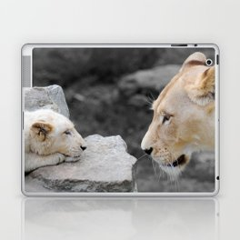 A Mothers Love . . . White Lion Mother and her Cub    Laptop & iPad Skin