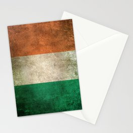 Old and Worn Distressed Vintage Flag of Ireland Stationery Cards