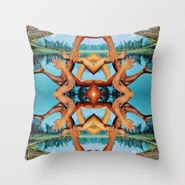 lake twist Throw Pillow