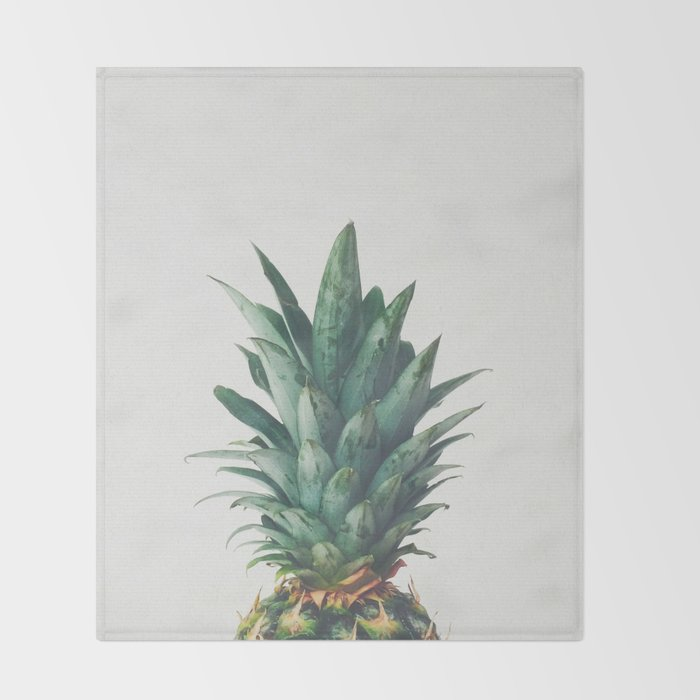 Pineapple Top Throw Blanket