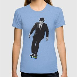 Work can wait when it's time to skate. T-shirt