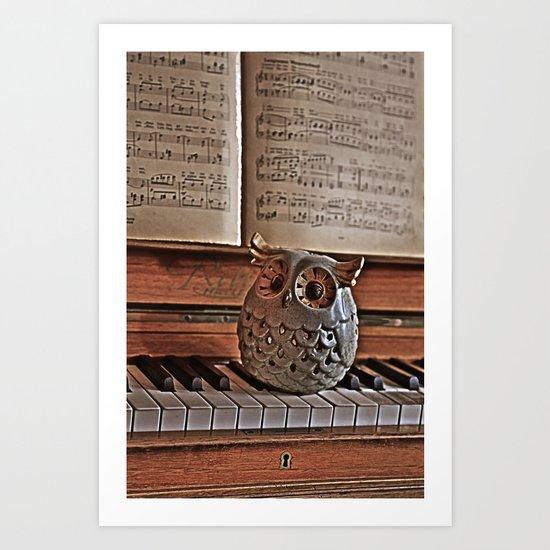the pianos Owl Art Print