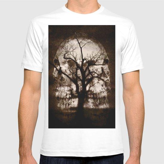 dark skull tree  T-shirt