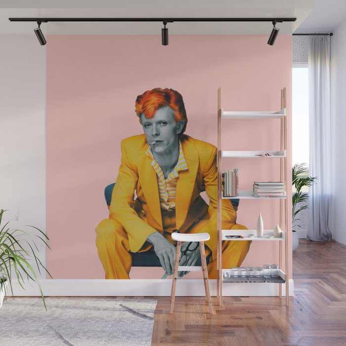 pinky bowie 2 Wall Mural