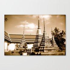 Wat Po a beautiful temple in Thailand (Bangkok & Travel) - Thai Massage School II Canvas Print