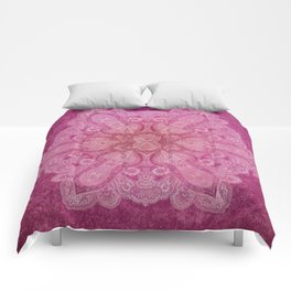 Big paisley mandala in raspberry Comforters