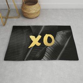 XO gold - bw banana leaf Rug