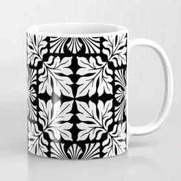Tiger's Den / PATTERN/BLACK ORNAMENT Coffee Mug
