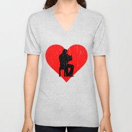 Toeter Heart Unisex V-Neck