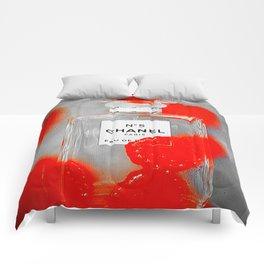 No 5 Red Splash Comforters