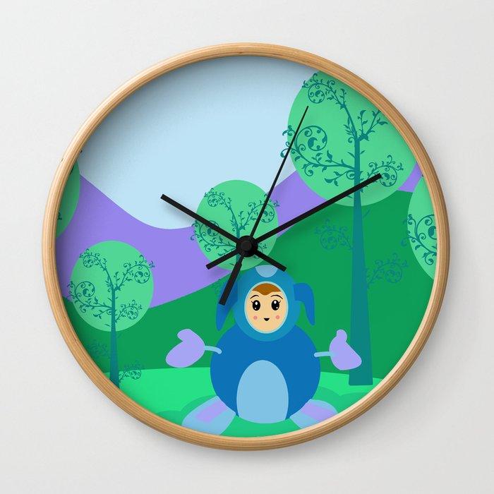Kawai Hug Wall Clock