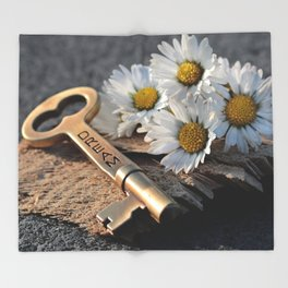 Dream Key | Clé de rêve Throw Blanket