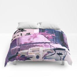 Lovers in Japan Comforters