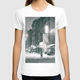 New York City - Night in the Winter - Lower East Side T-shirt