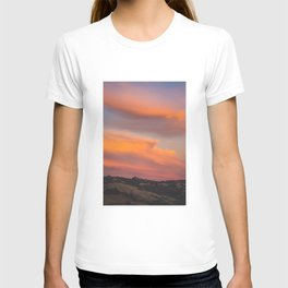 Try to look away Sky T-shirt