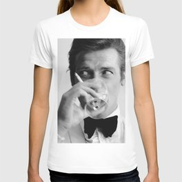 Roger Moore, James Bond007 - Classic Art Print Paper Poster or Rolled Cotton Canvas Photo T-shirt