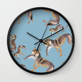 Totem Coastal wolf (c) 2017 Wall Clock
