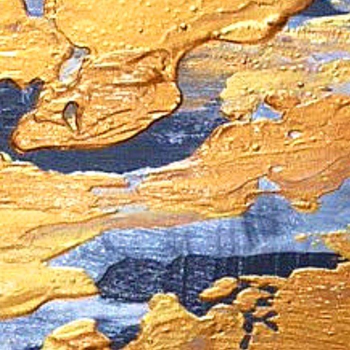 Gold in the ice Leggings