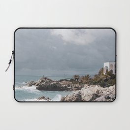PHOTOGRAPHY - Windy day Laptop Sleeve