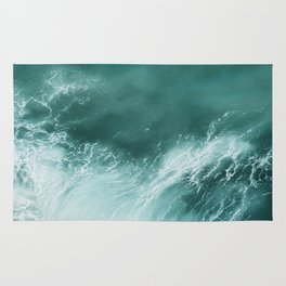 Green Ocean Wave Photograph Rug