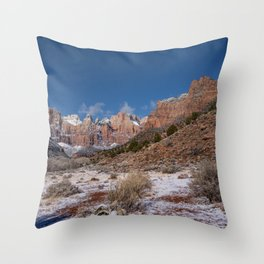 Zion Winter 4718 - National_Park, Utah Throw Pillow